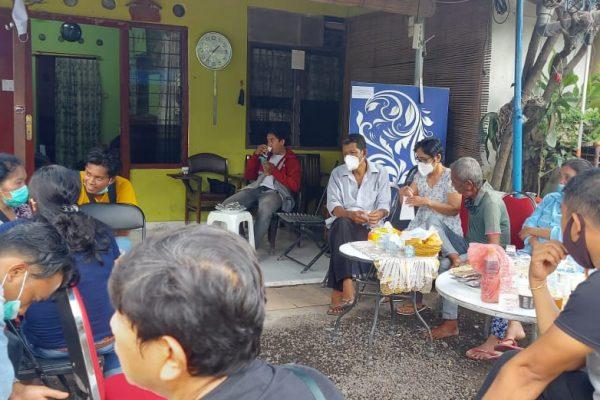 Suasana di rumah pramugari Sriwijaya Air, Mia Tresetyani, Selasa (12/1)