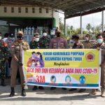 Forum komunikasi pimpinan kecamatan Kupang Timur saat memberikan sosialisasi kepada warga (ist)